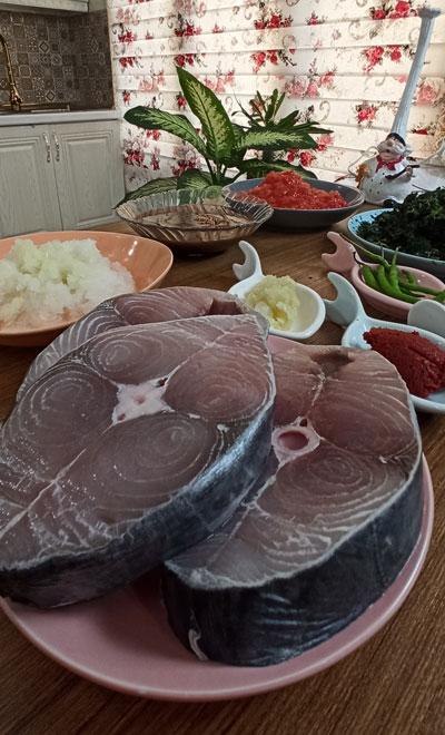 قاتق ماهی با شیر ماهی